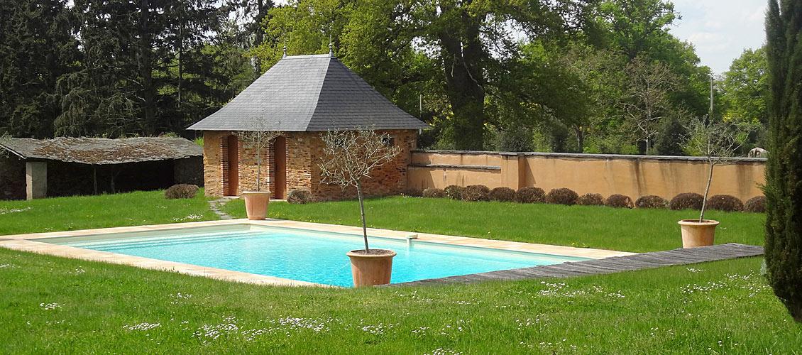 chateau de la Caillotiere Pool